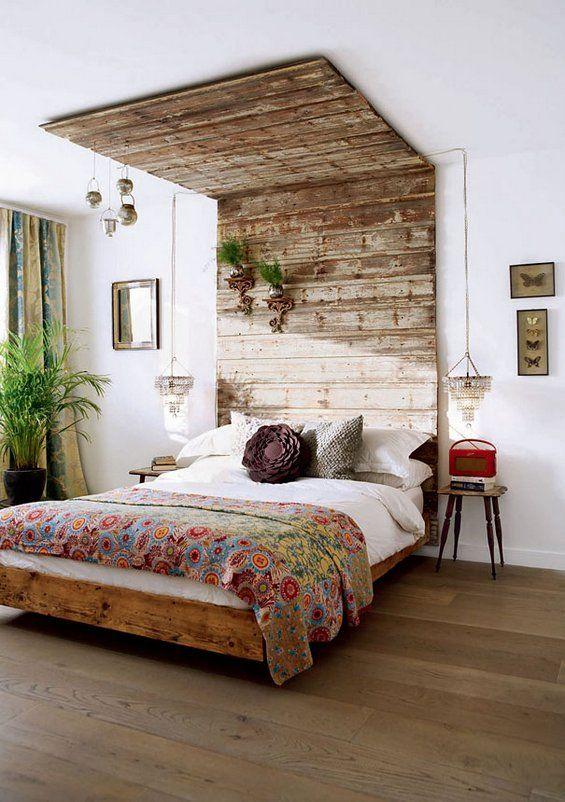 Bed met steigerhout en headboard