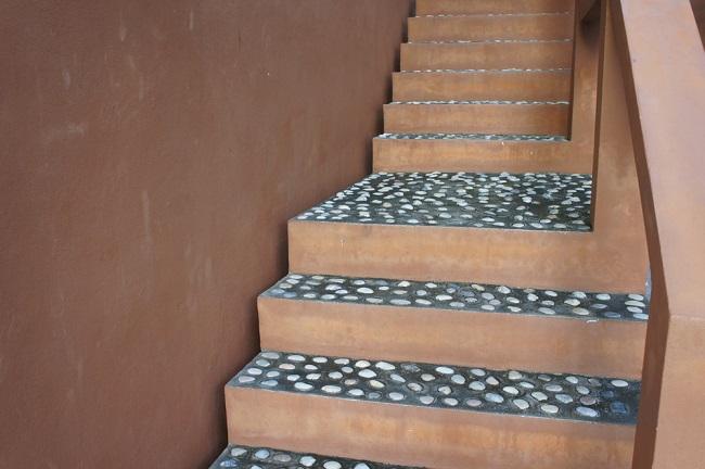Steenstrips op de trap