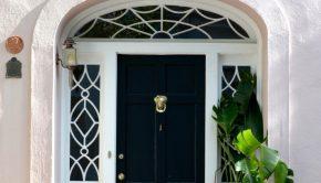 Decoratie voordeur