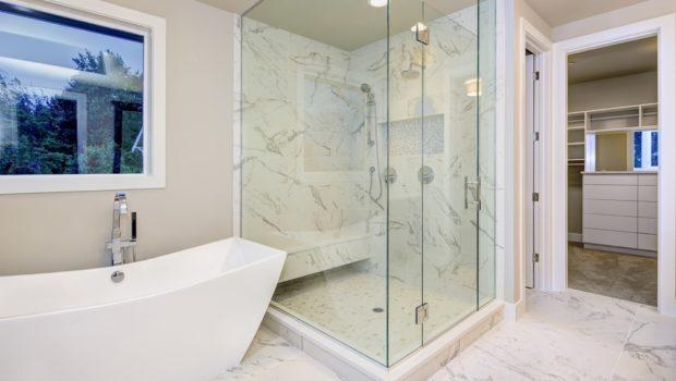 Plaatsen van een douchebak