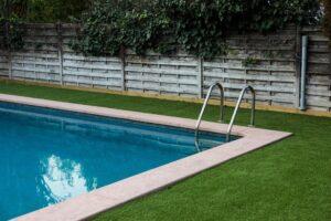Zwembad ingraven
