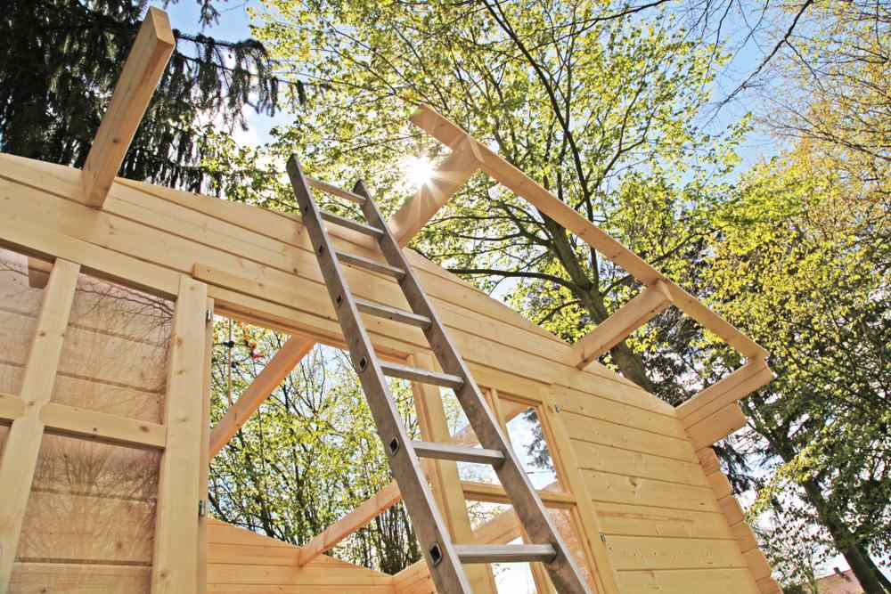 Maak zelf een dak op je tuinhuis