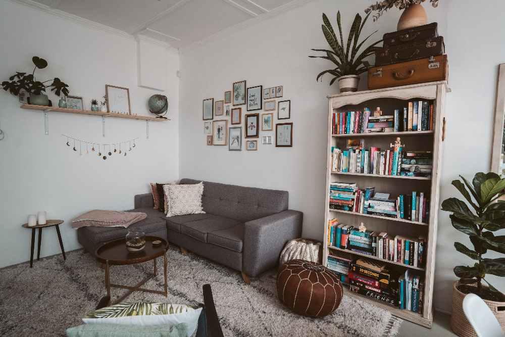 Met een klein budget je woonkamer inrichten